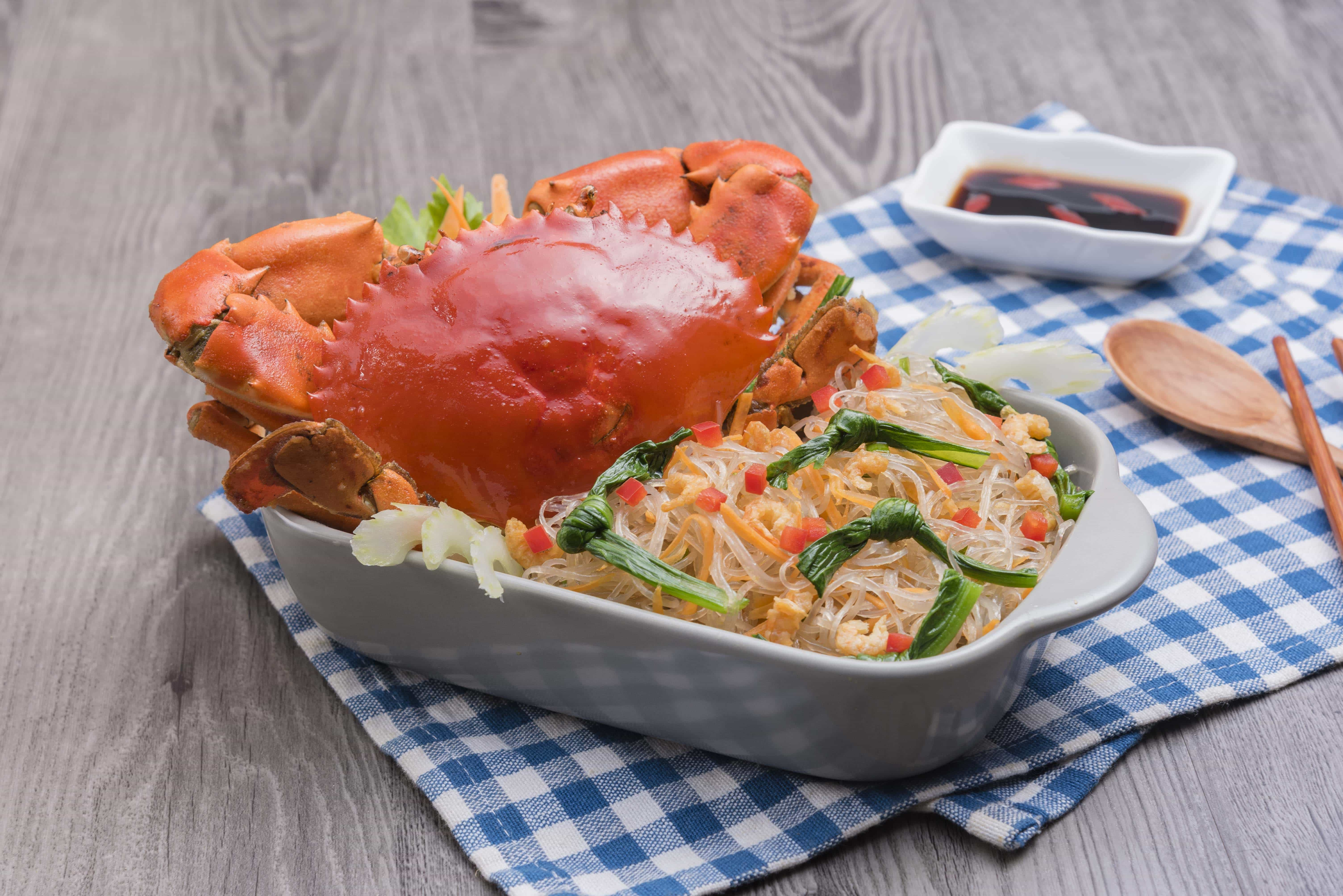 Hong Kong Style Crab With Noodles